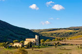 Opatství sant antimo, toskánsko, itálie — Stock fotografie