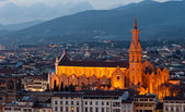 Florence, Basilica of the Holy Cross night view — Stock Photo