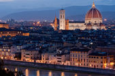 Florence, panorama with the Cathedral by night — Stockfoto