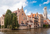 Rozenhoedkaai (Quai of the Rosary), and Belfry Tower, Bruges, Belgium — Stock Photo