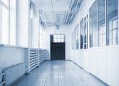 Empty hallway in school — Stock Photo