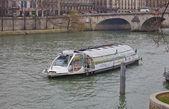 Batobus panoramic riverboat — Stock Photo