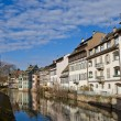 Historic houses on quay of Ill river. Strasbourg, France — Stock Photo
