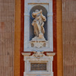 Saint Peter statue.  Santa Maria Assunta Church in Genoa — Stock Photo