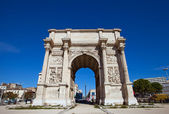 Triumphal arc Porte d Aix (circa 1839). Marseilles, France — Stock Photo