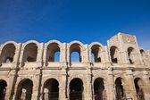 Anfiteatro romano (alrededor de 90 d.c.). Arles, Francia — Foto de Stock