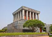 Ho Chi Minh Mausoleum in Hanoi, Vietnam — Stock Photo