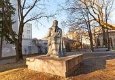 Denkmal für litauische Schriftstellerin Zemaite. Vilnius, Litauen — Stockfoto