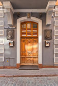 マン-テス ホテルの建物の (1782) リガ、ラトビアの入口 — ストック写真