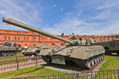 Soviet main battle tank T-80 — Stock Photo