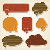 Textured speech bubbles and stickers set in retro style. — Vector de stock