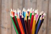 Různé barevné tužky — Stock fotografie