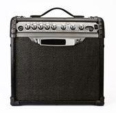 Amplificateur de guitare isolé sur fond blanc — Photo