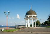 Seafront of Lake Onega. Petrozavodsk, Karelia — Stock Photo