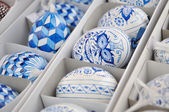 Hand-made traditional blue and white Easter eggs — Stock Photo