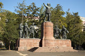 El monumento a lajos kossuth en budapest — Foto de Stock