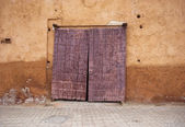 Old door in Marrakech — Stock Photo