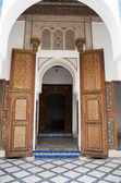 Arched entrance to the Bahia palace in Marrakech — Stock Photo