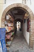 Traditional moroccan shop in Essaouira, Morocco — Stock Photo