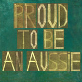 "Earthy background image and design element depicting the words ""Proud to be an Aussie"" — Stock Photo"
