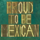 "Earthy background image and design element depicting the words ""Proud to be Mexican"" — Stock Photo"