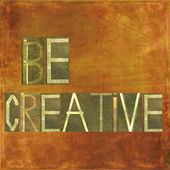 """Earthy background and design element depicting the words """"Be creative"""" — Stock Photo"""