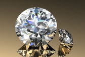 Diamond jewel with reflections on gold background — 图库照片