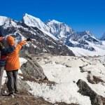 Trekkers in Himalayas — Stock Photo