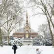 LONDON, UK - JANUARY 21: Hyde Park covered in snow with Albert M — Stock Photo