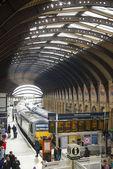 YORK, UK - MARCH 29: Trains at platform in York Railway Station. — Stock Photo