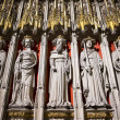 Entrance to the Quire in York Minster, UK, featuring stone statu — Stock Photo #23427232