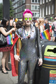 LONDON, UK - JUNE 29: Participant at the gay pride posing for pi — Stok fotoğraf
