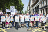 LONDON, UK - JUNE 29: Participants at the gay pride protesting a — Stockfoto