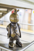 Life underground bronze sculpture in New York subway station — Zdjęcie stockowe