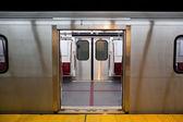 Subway Doors Open — Stock Photo