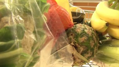 Stock Footage of Grocery Shopping — Stock Video