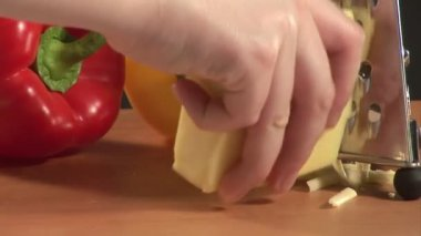 Rallar queso — Vídeo de Stock