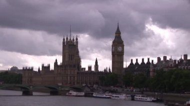 View of West Minster Abbey — Stock Video