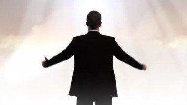 Mann anbetende gott — Stockvideo