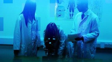 Nauka i badania medyczne — Wideo stockowe