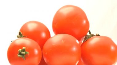 Pyramid of red tomatoes — Stock Video