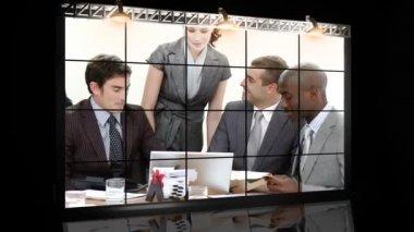 бизнес команда работает над — Стоковое видео