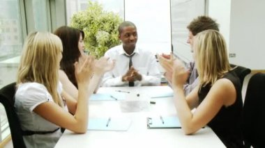 Business team applauding in a meeting — Stock Video