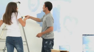 Cute couple renovating a room — Stock Video
