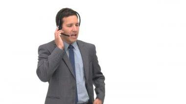 Charyzmatyczny biznesmen, tłumacząc coś — Wideo stockowe