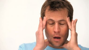 A man with a headache — Stock Video
