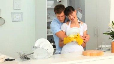 Kilka mycia naczynia — Wideo stockowe