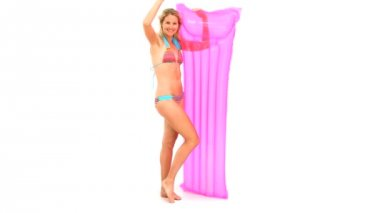 Blond woman in swimsuit with a air bed — Stock Video