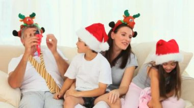 Family laughing during the Christmas day — Stock Video