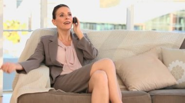 Brunette woman making a phone call — Stock Video
